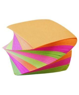 Taco de notas adhesivas en...